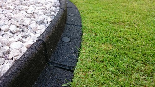 lawn edging - circle maintenance brisbane